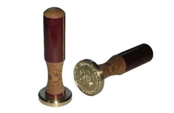 Suporturi pentru stampile din metal, sigile si plombiratoare